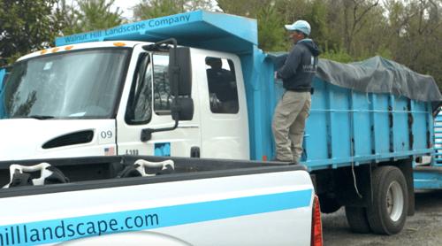 landscaping-crew-dump-truck-2
