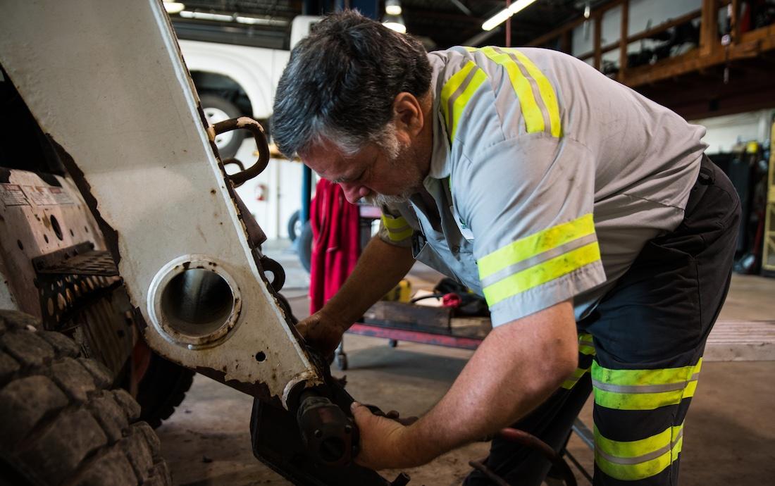 level-green-equipment-repair